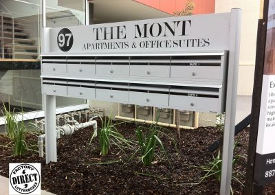 1025 FS Sign THE MONT